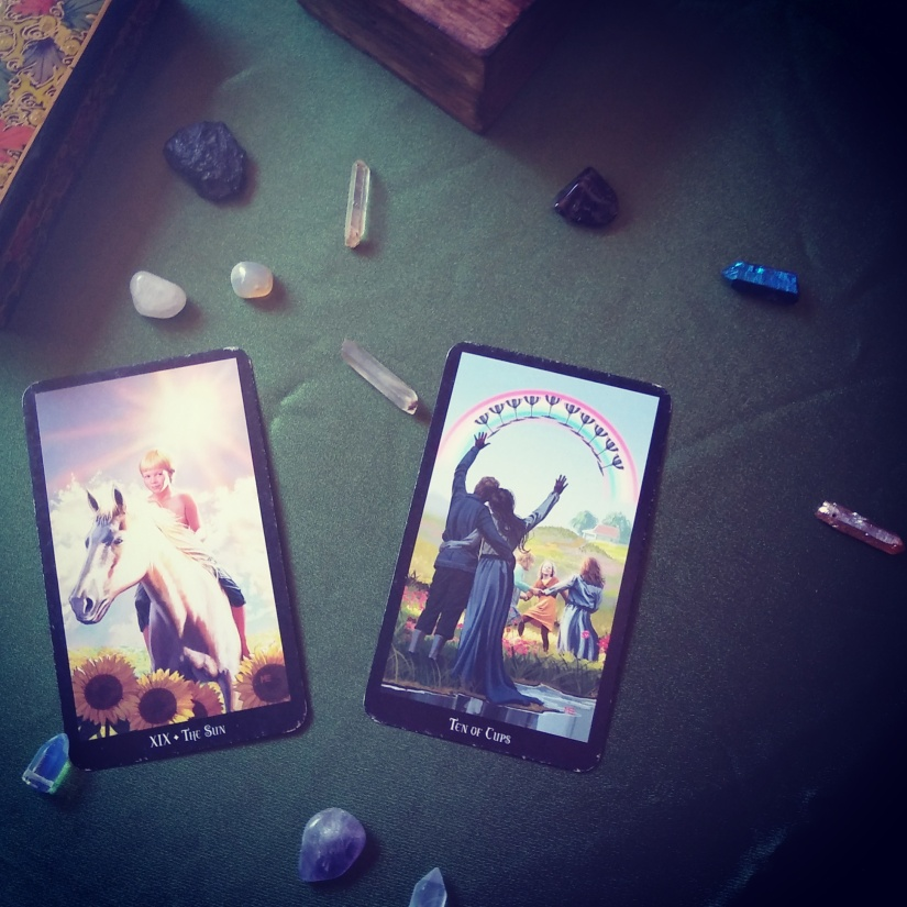 Reading Tarot Daily for Happiness